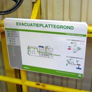 Duurzaam en weersbestendige evacuatieplattegrond toegepast op een offshore platform.
