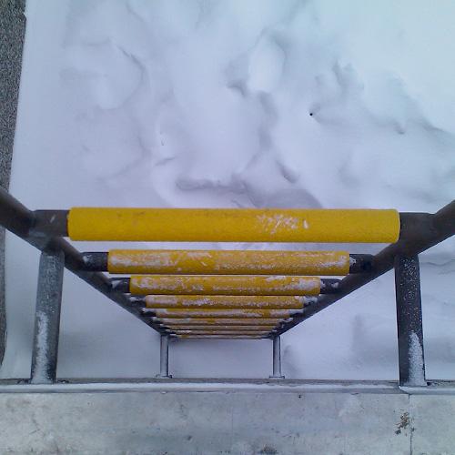 Laddersportprofielen kunnen valpartijen op glibberige trappen voorkomen. Ze bieden jarenlange anti-slip bescherming.